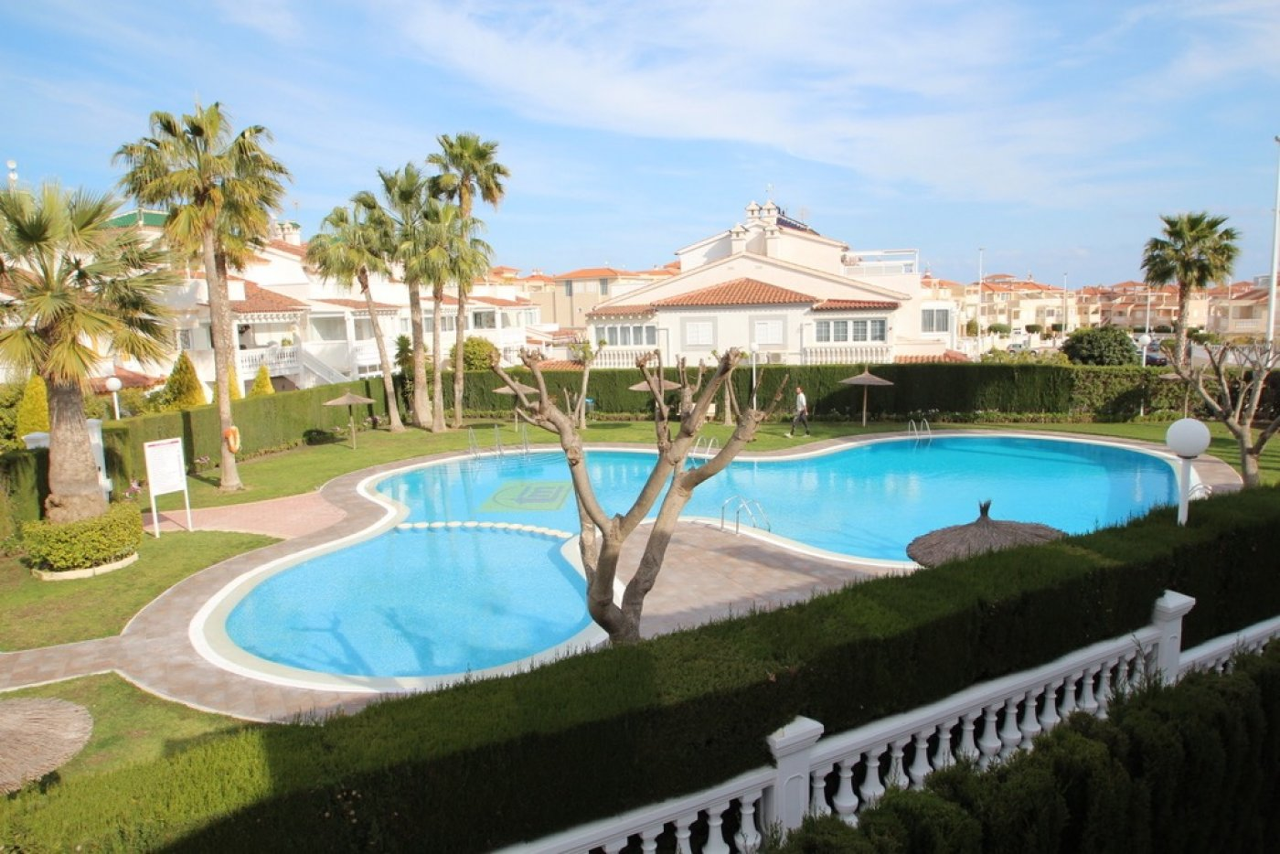 townhouse en orihuela-costa · playa-flamenca 180000€