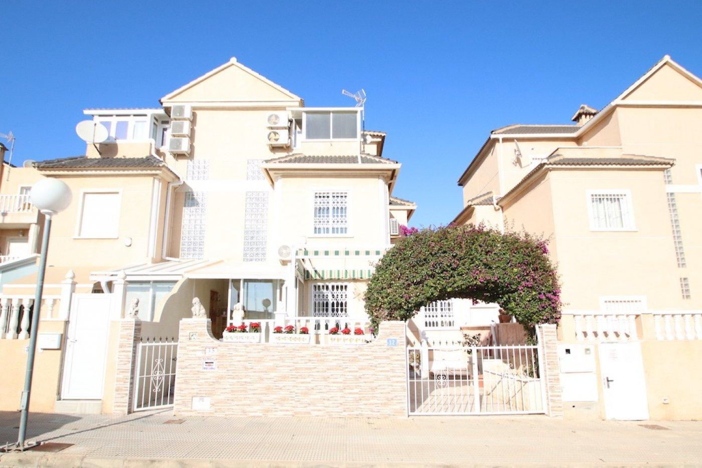 duplex en orihuela-costa · la-zenia 139900€