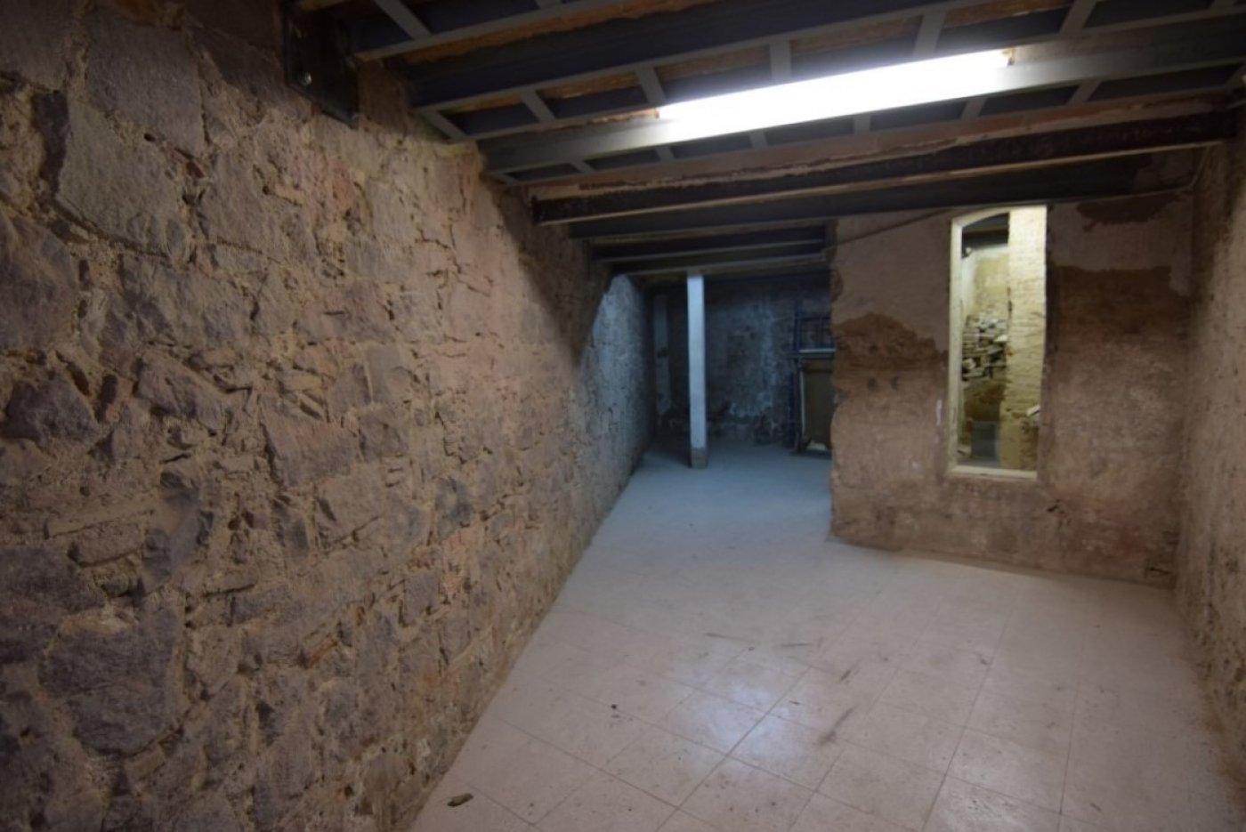 local-comercial en barcelona · el-gotic 790€