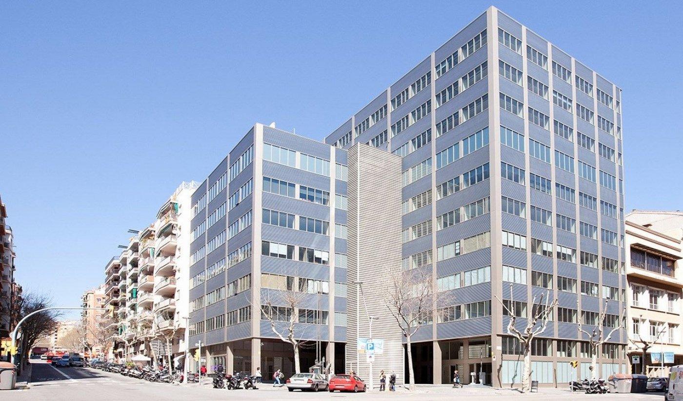 oficina en barcelona · sagrada-familia 17250€