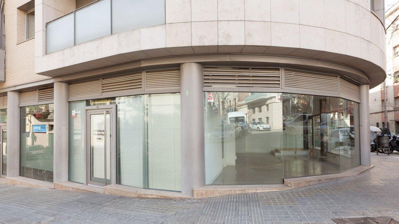 local-comercial en barcelona · el-baix-guinardo 825€