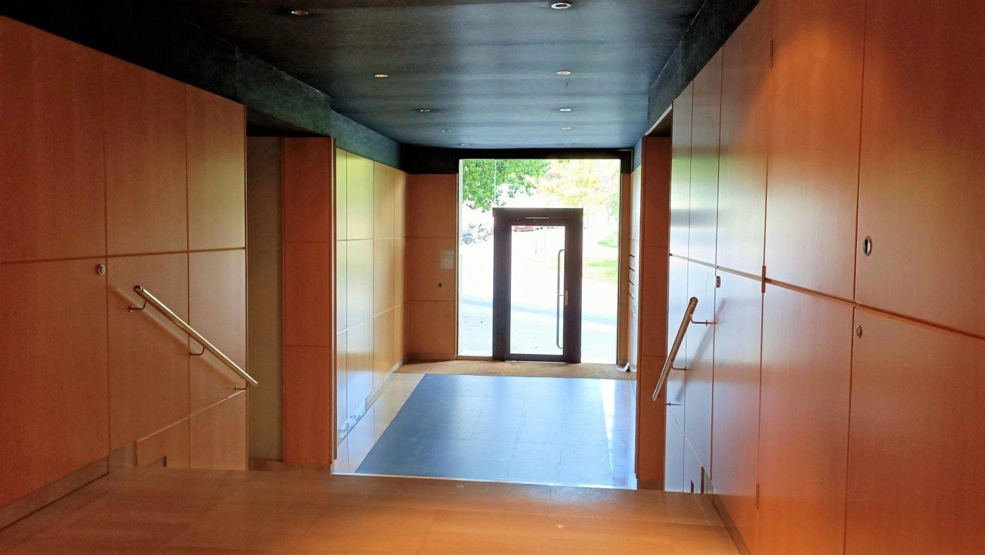 oficina en barcelona · vallcarca-i-els-penitents 1600€