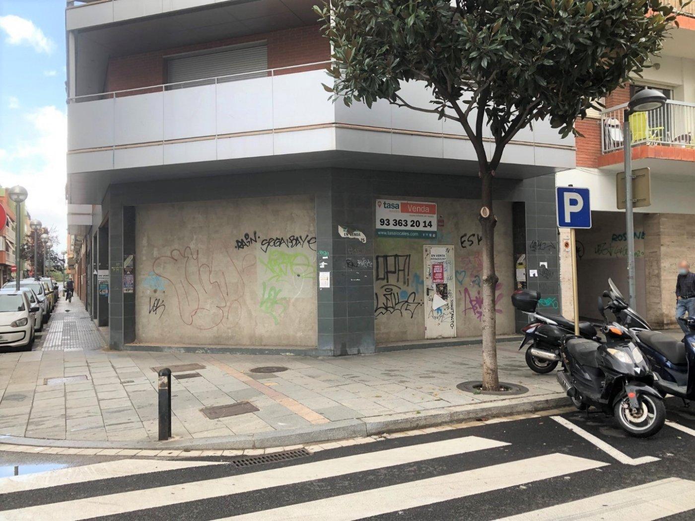 local-comercial en cornella-de-llobregat · centre 137000€