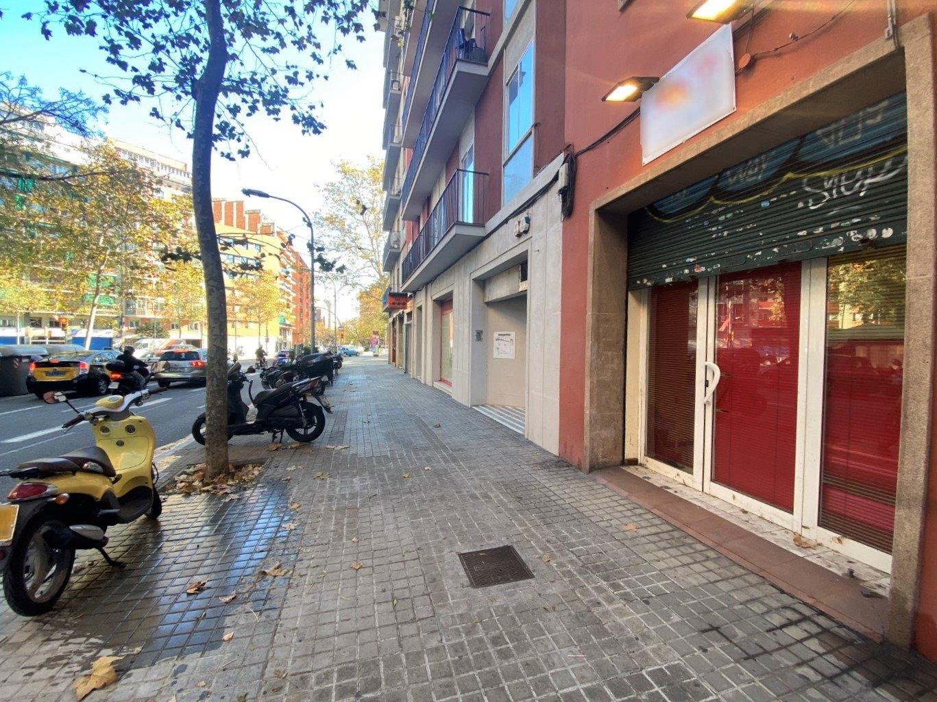 local-comercial en barcelona · navas 90000€