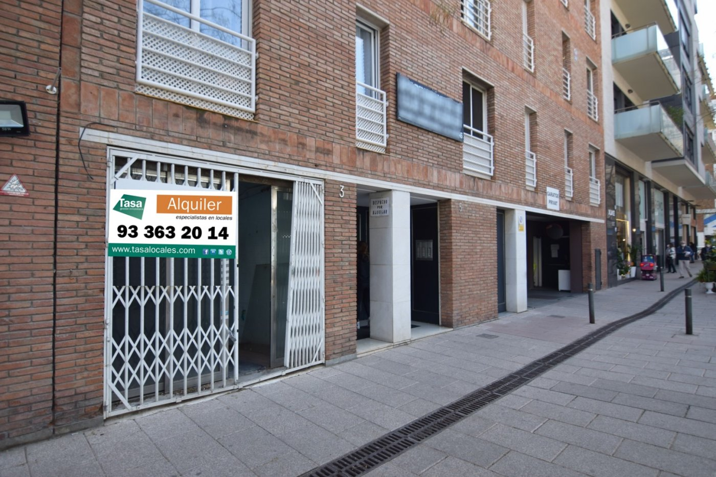local-comercial en barcelona · sant-gervasi---galvany 2000€