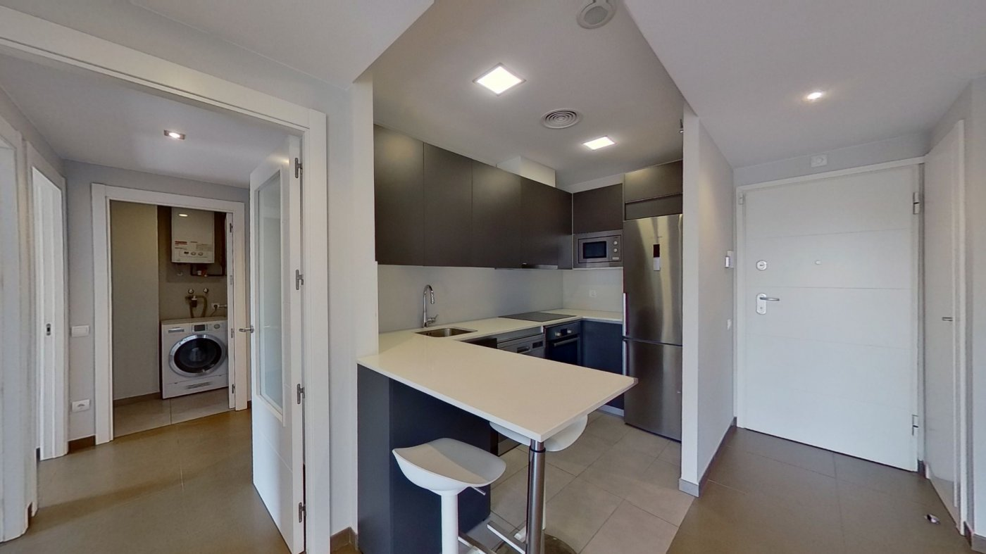 piso en barcelona · sagrada-familia 950€