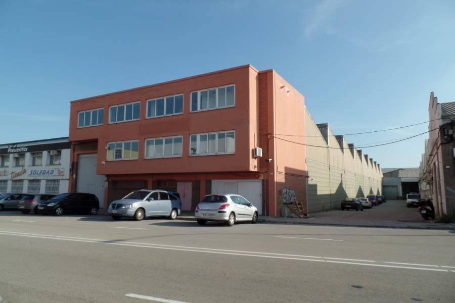 nave-industrial en hospitalet-de-llobregat · centre 5500€