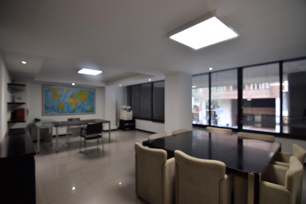 oficina en barcelona · l´antiga-esquerra-de-l´eixample 1450€