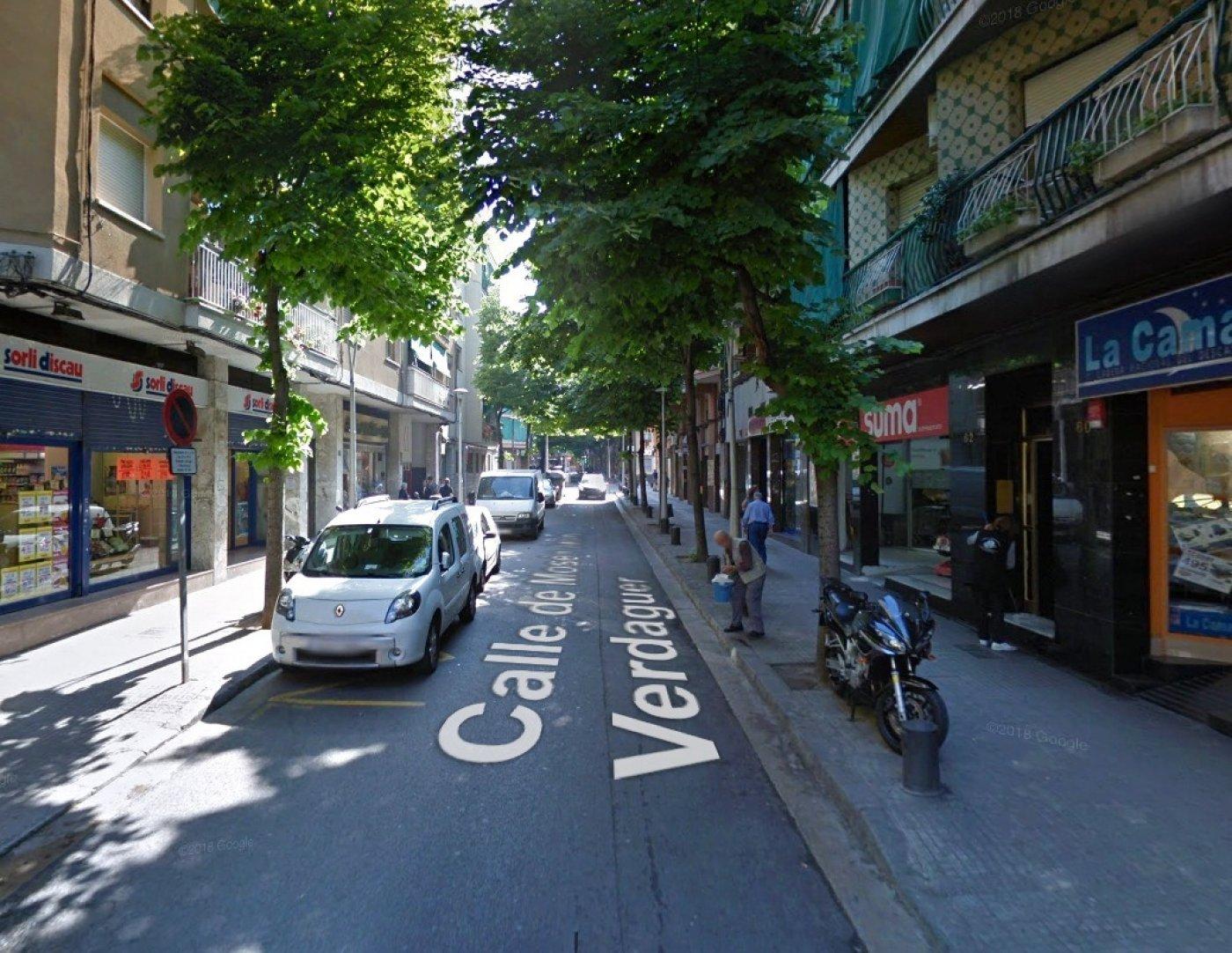 local-comercial en santa-coloma-de-gramanet · santa-rosa 200000€