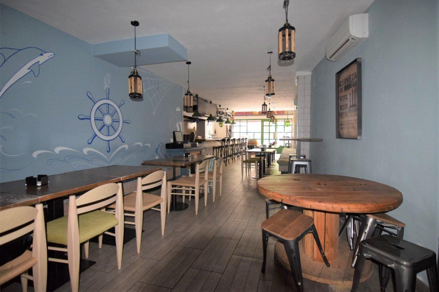 Restaurante en traspaso en Calle Marina, 228-232