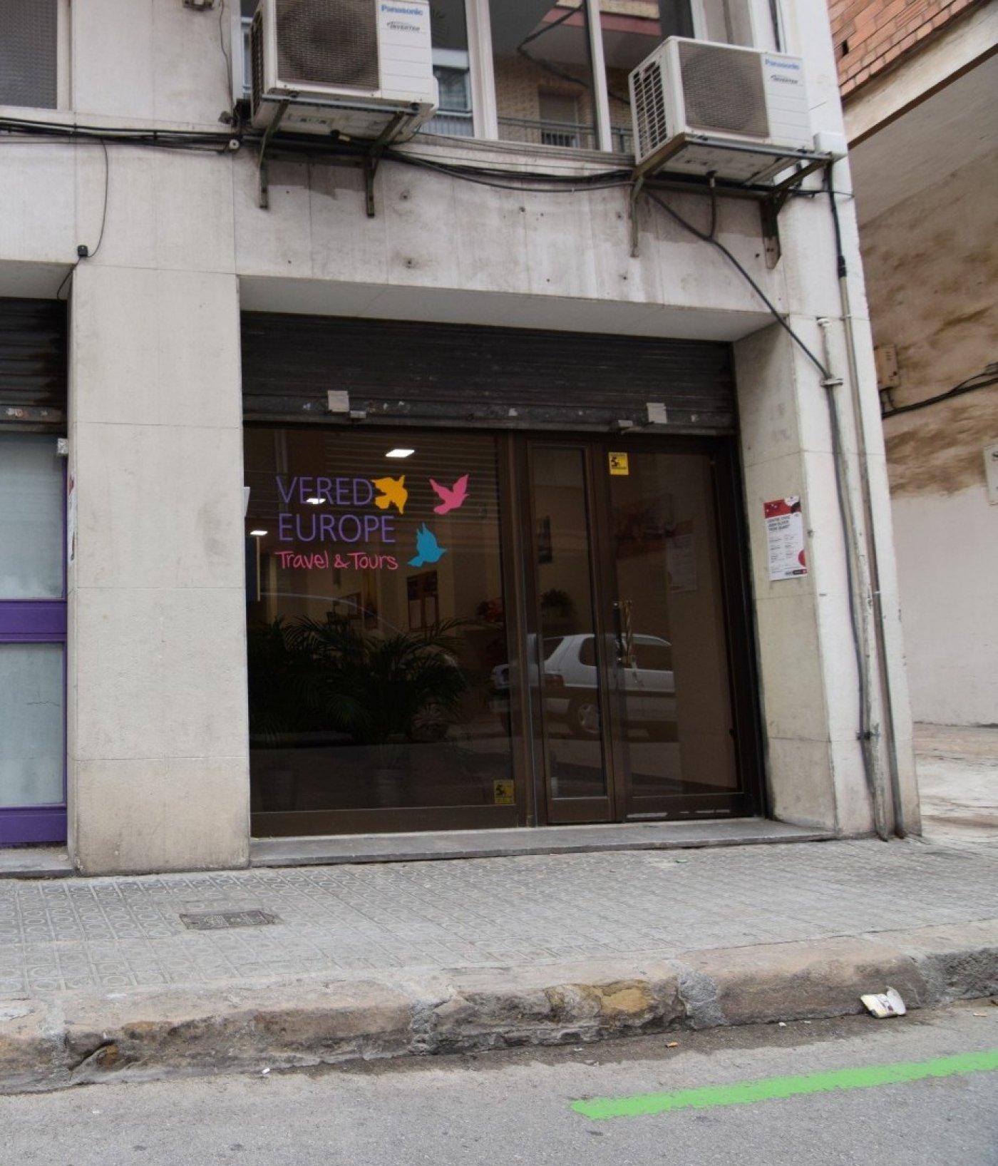 local-comercial en barcelona · sants 190000€