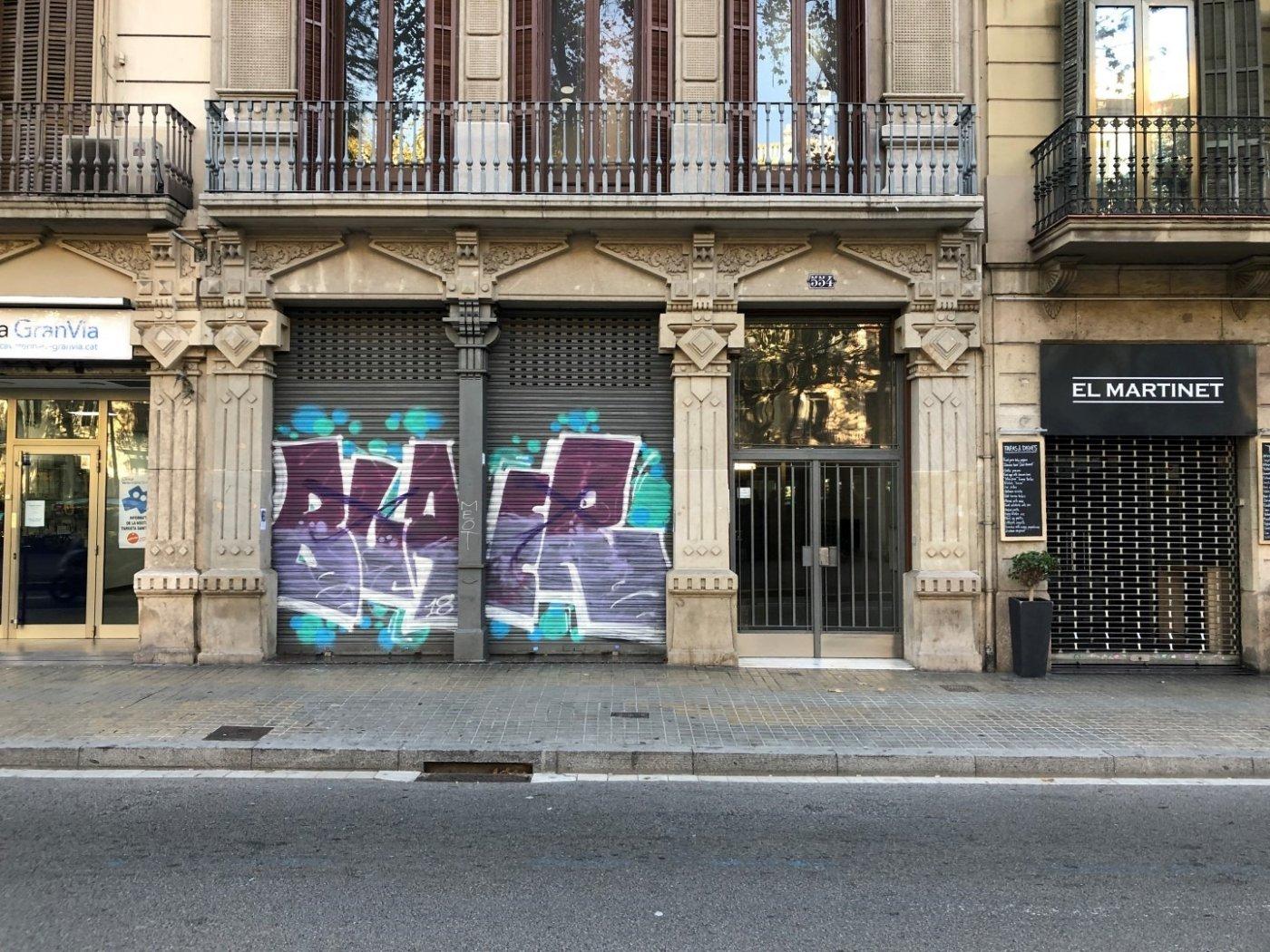 local-comercial en barcelona · sant-antoni 3290€