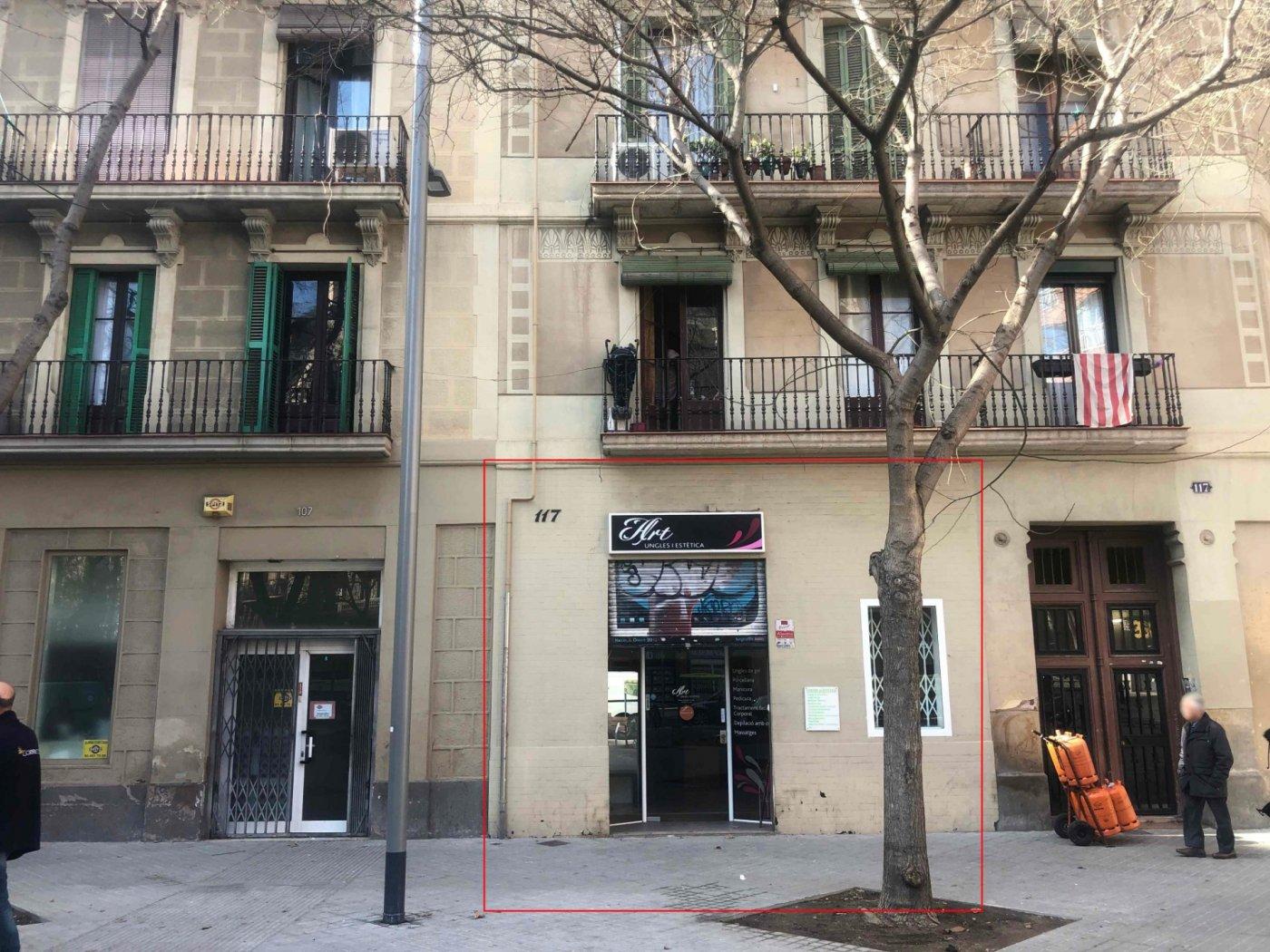 local-comercial en barcelona · sant-antoni 950€