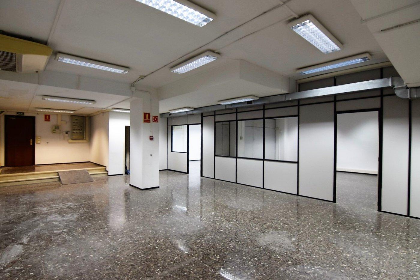 oficina en barcelona · el-parc-i-la-llacuna-del-poblenou 3000€