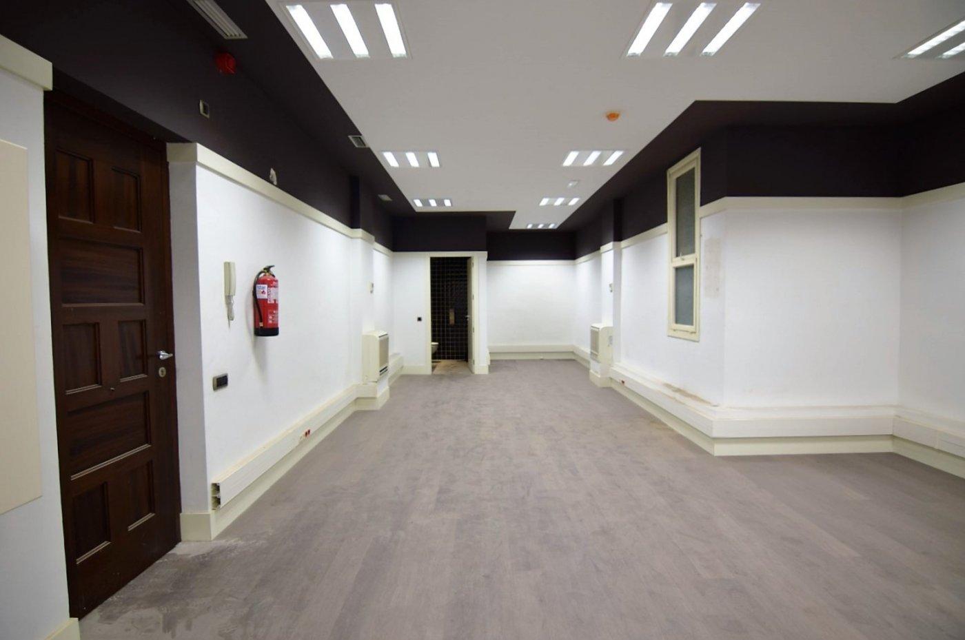 oficina en barcelona · dreta-de-l´eixample 575€