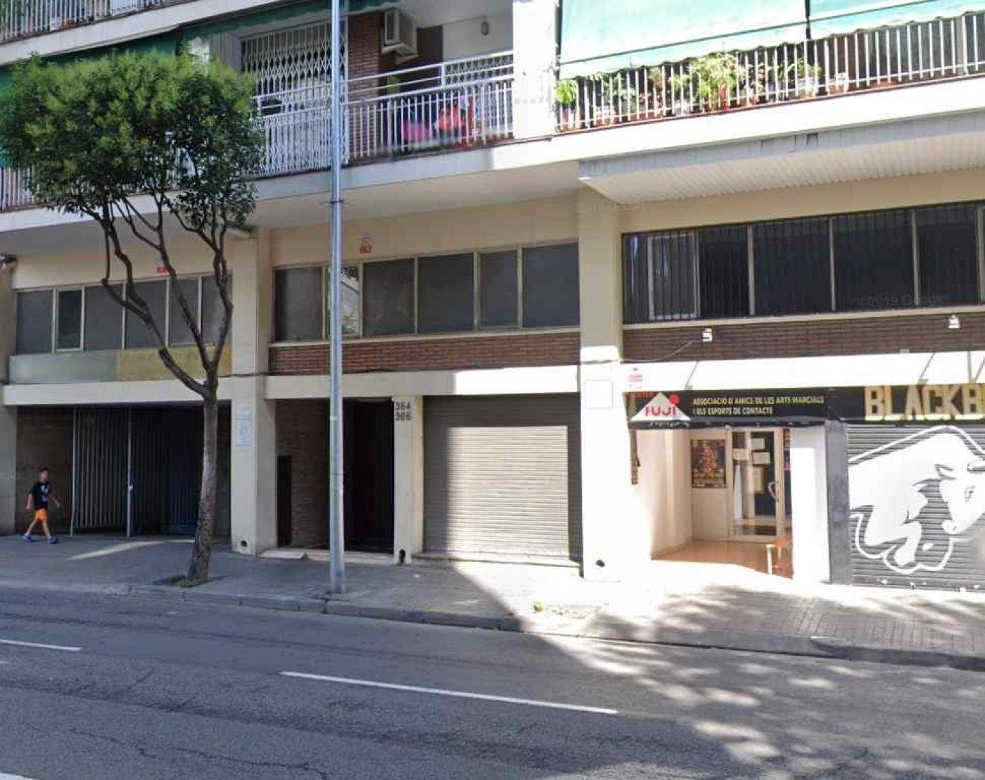 local-comercial en badalona · san-roque 2800€