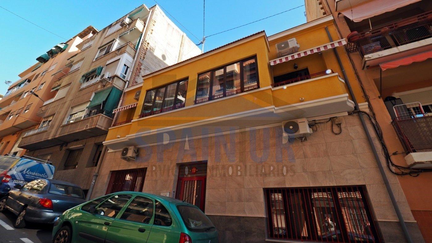 здание en Alicante · Campoamor 850000€