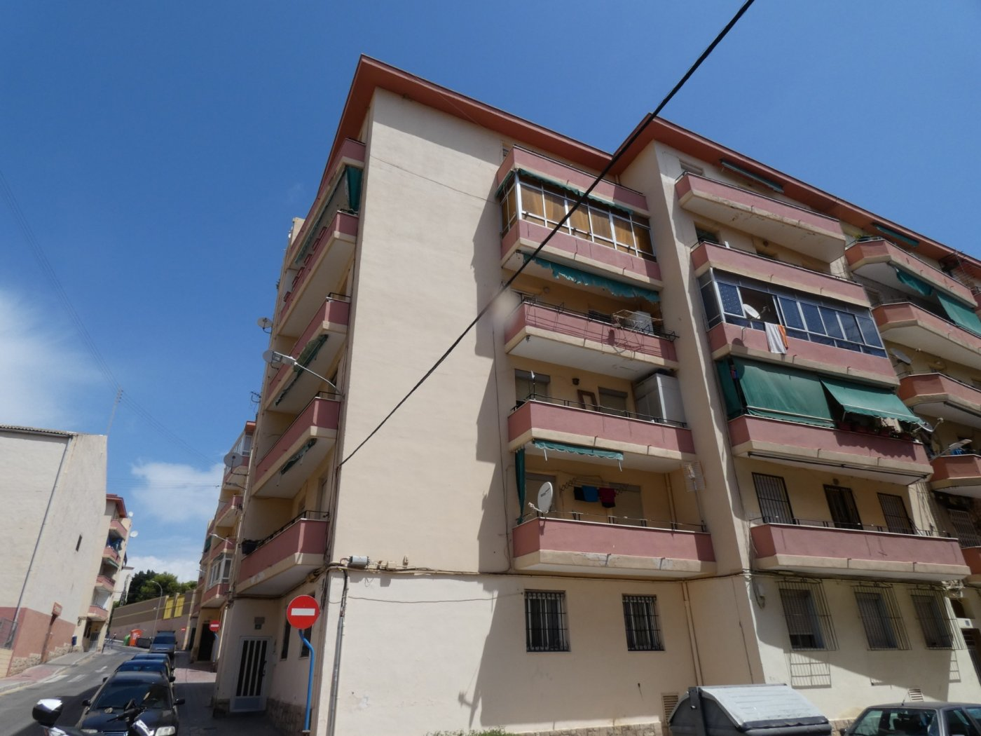 piso en alicante · colonia-requena 23200€