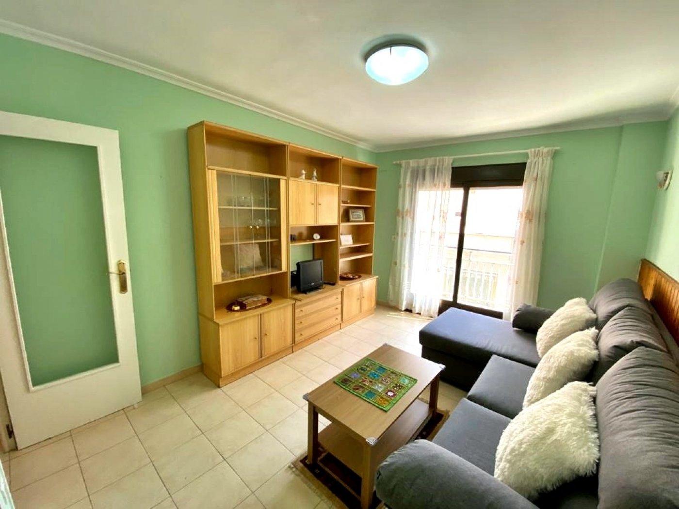 квартира en Alicante · Carolinas-altas 68000€