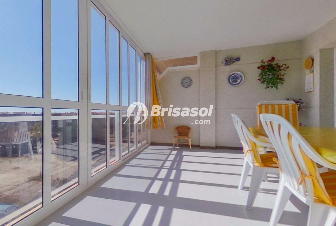 Cambrils - Apartamento en venta con plaza de parquing.
