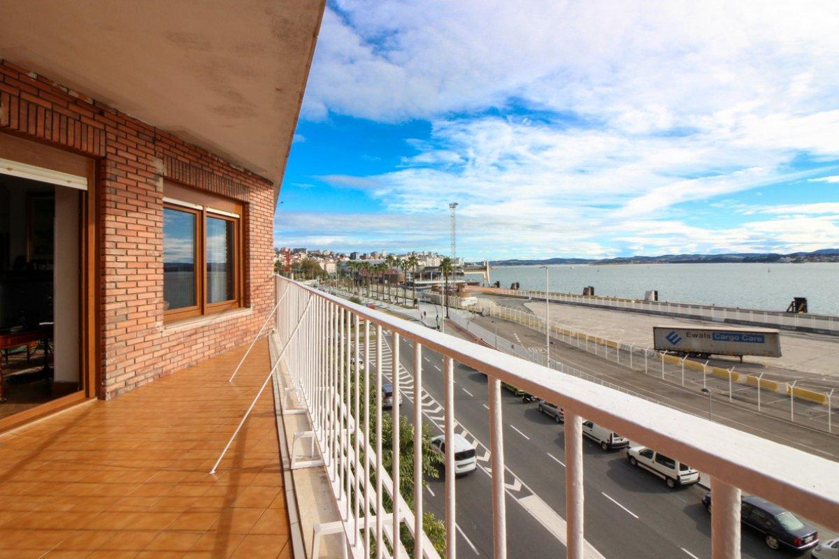 Piso en venta en Santander  de 4 Habitaciones, 3 Baños y 165 m2 por 450.000 €.