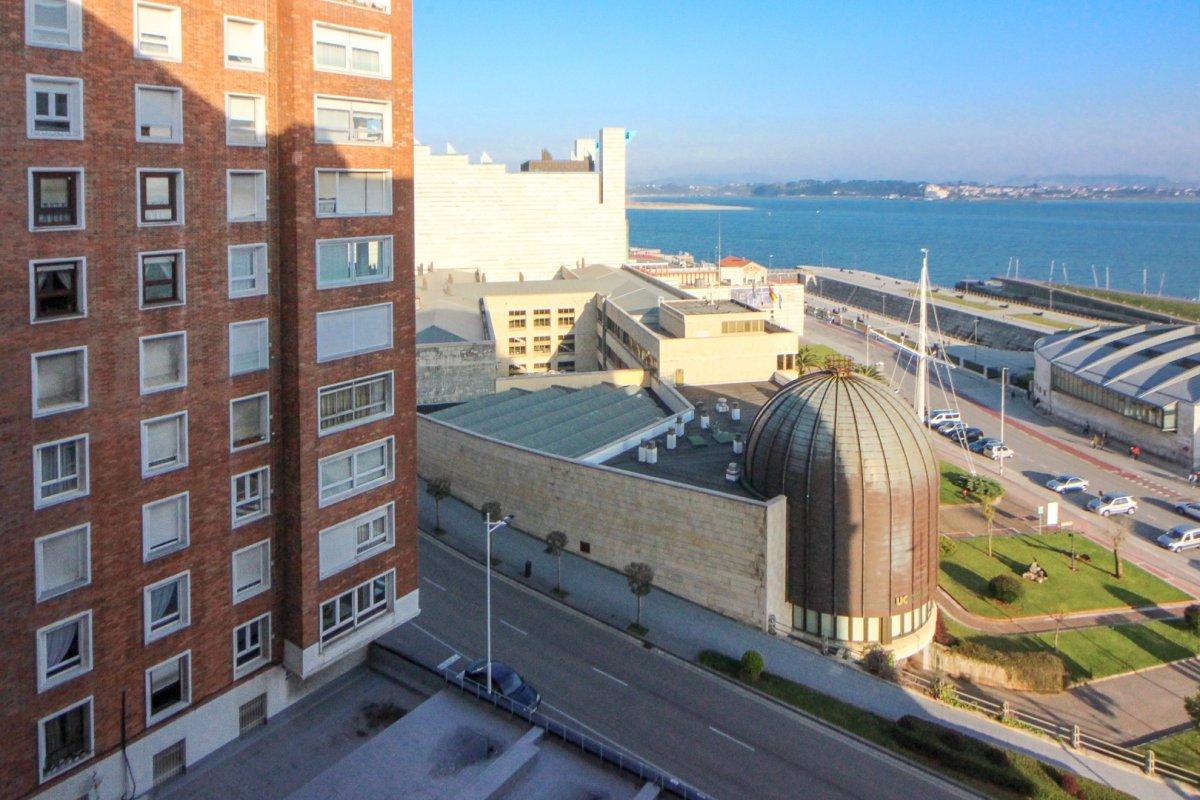 Piso en venta en Santander  de 4 Habitaciones, 2 Baños y 106 m2 por 280.000 €.