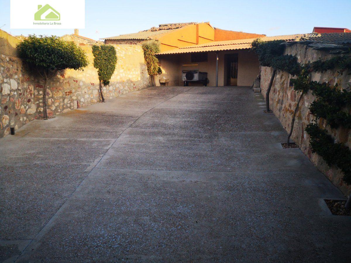 Casa en venta en El Perdigón zona Tardobispo
