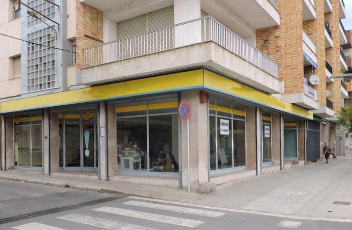 Venta o alquiler Local comercial en Amposta