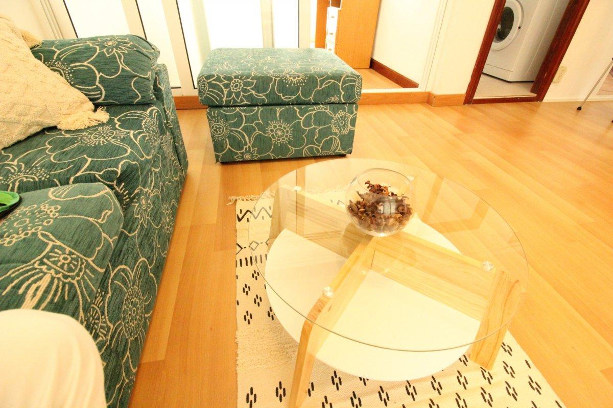 Piso en alquiler en Santander  de 3 Habitaciones, 1 Baño y 75 m2 por 550€/mes.