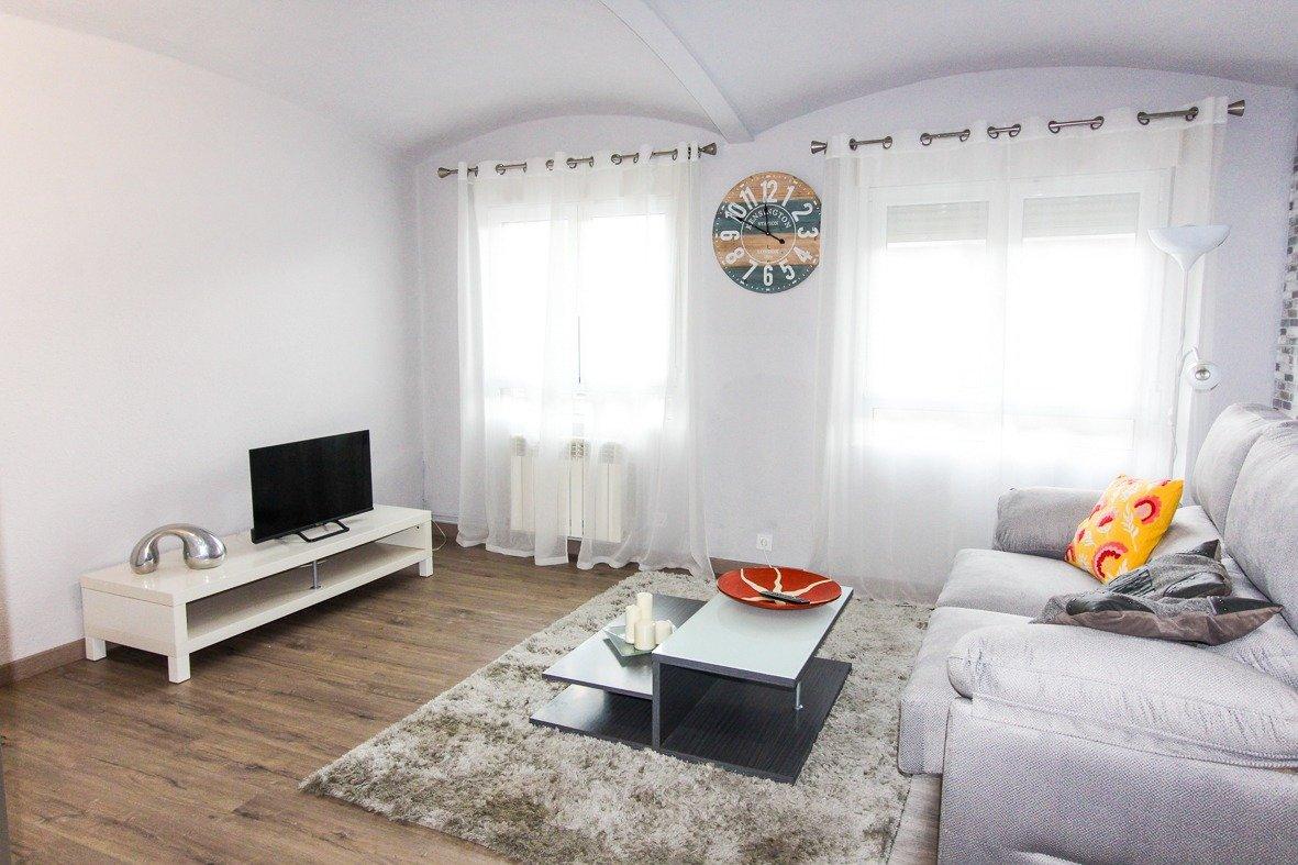 Piso en alquiler en Santander  de 2 Habitaciones, 1 Baño y 63 m2 por 510€/mes.