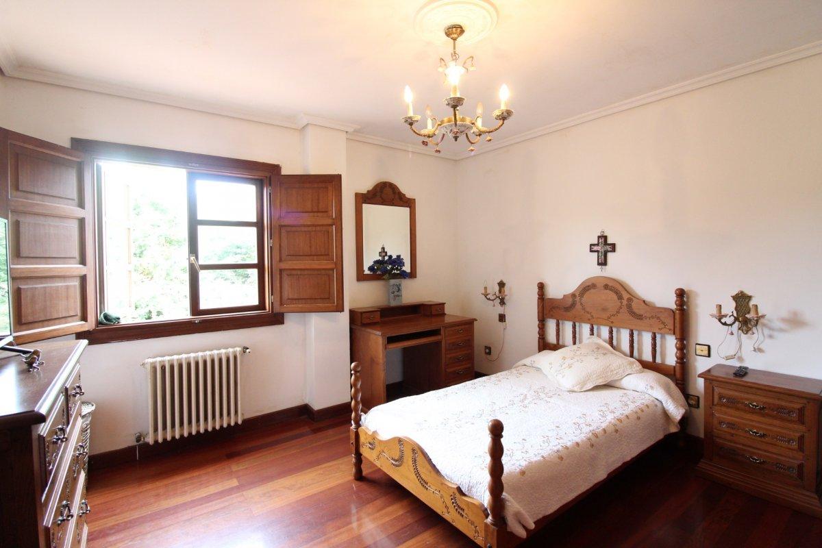 Habitación en alquiler en Santander  de 1 Habitación, 1 Baño y 20 m2 por 300€/mes.