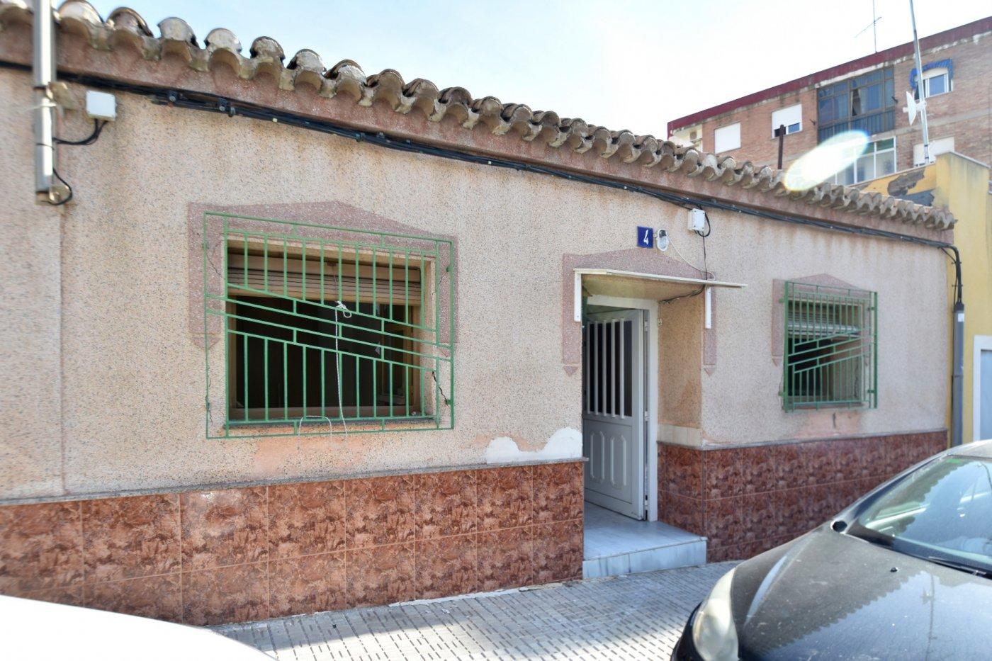 Planta baja para reformar  en Cartagena