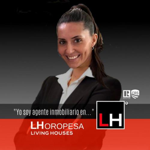 Living Houses Oropesa<br>Miriam Lavernia Beltran