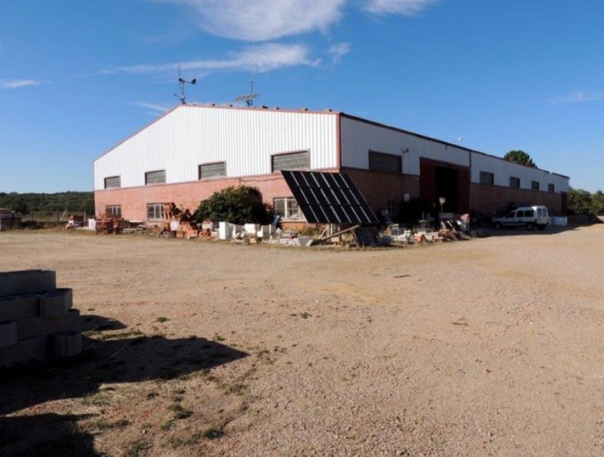 Nave en venta en Pueblo, Linares de Riofrio