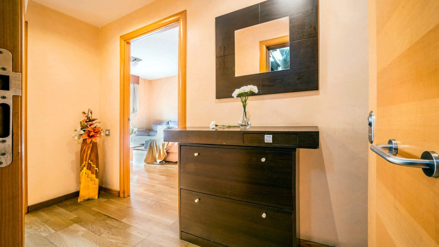 piso en santa-perpetua-de-mogoda · centro 172900€