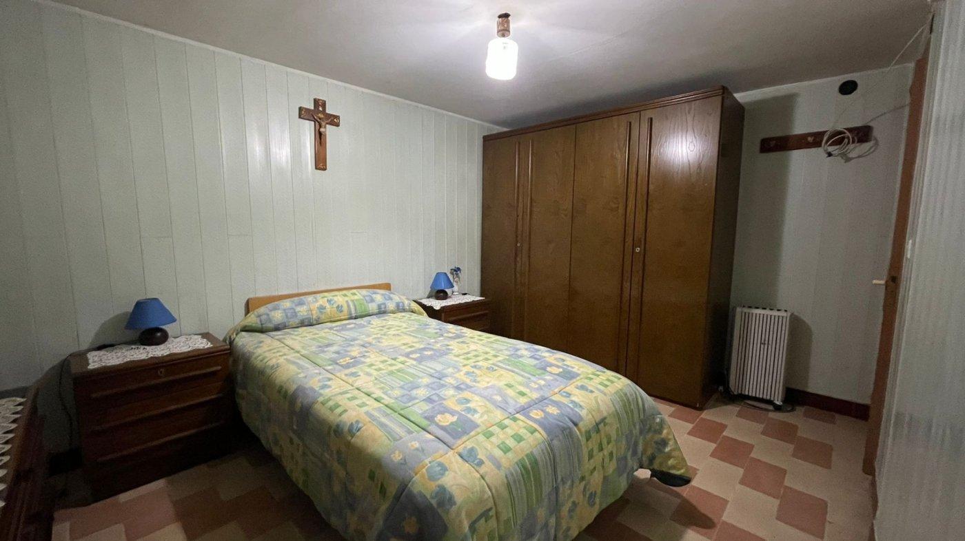 Casa 215 m2. 3 km centro sta.cruz. finca 580 m2. - imagenInmueble16