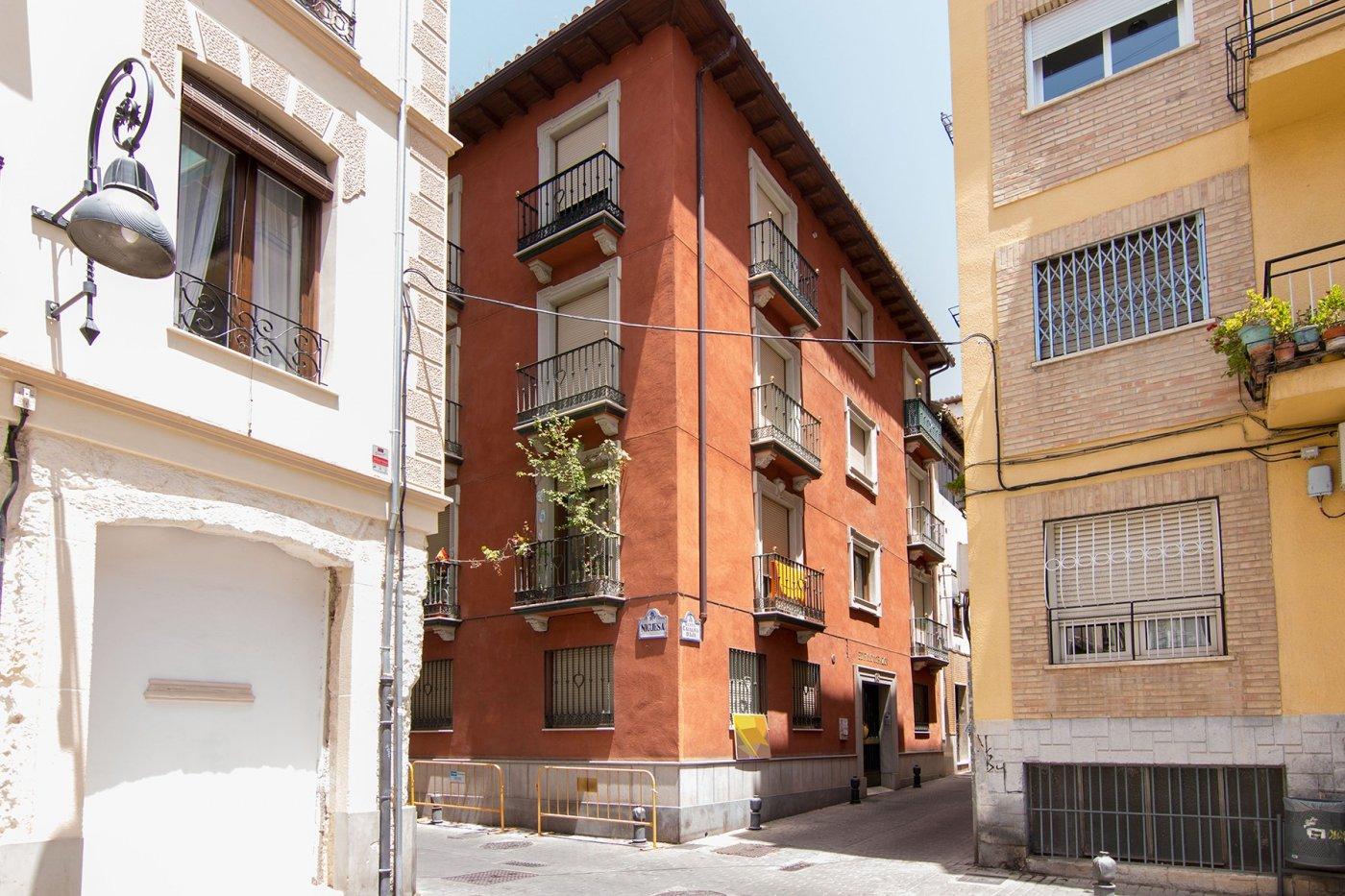 Estudio en pleno Centro, muy bien ubicado, listo para entrar, Granada
