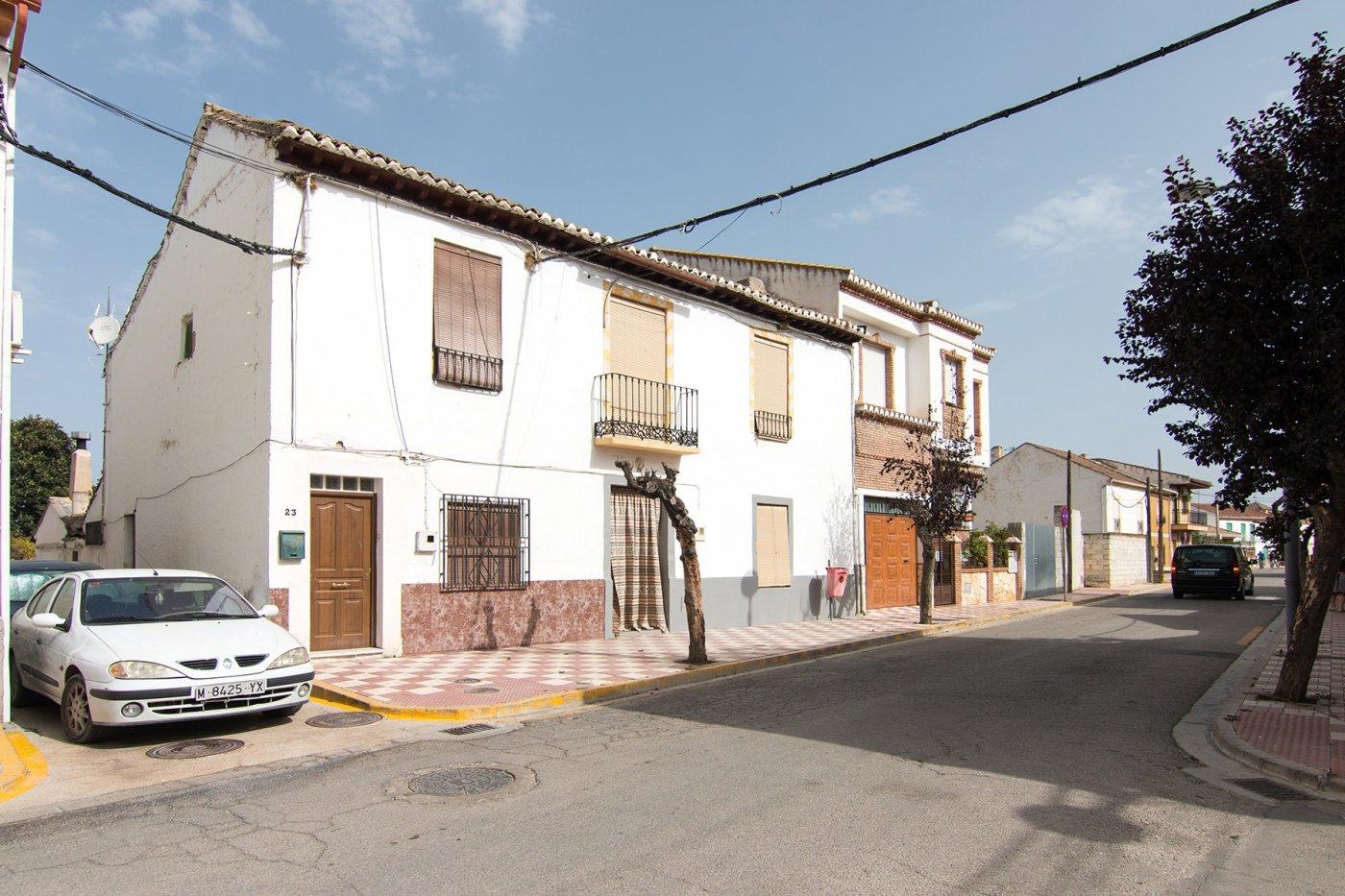 Casa de 3 dormitorios con huerto, Granada