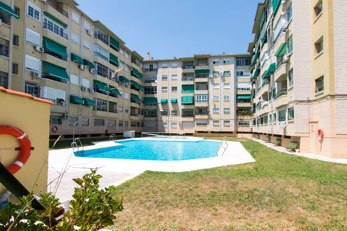 Oportunidad 4 dormitorios con piscina -Residencial los califas