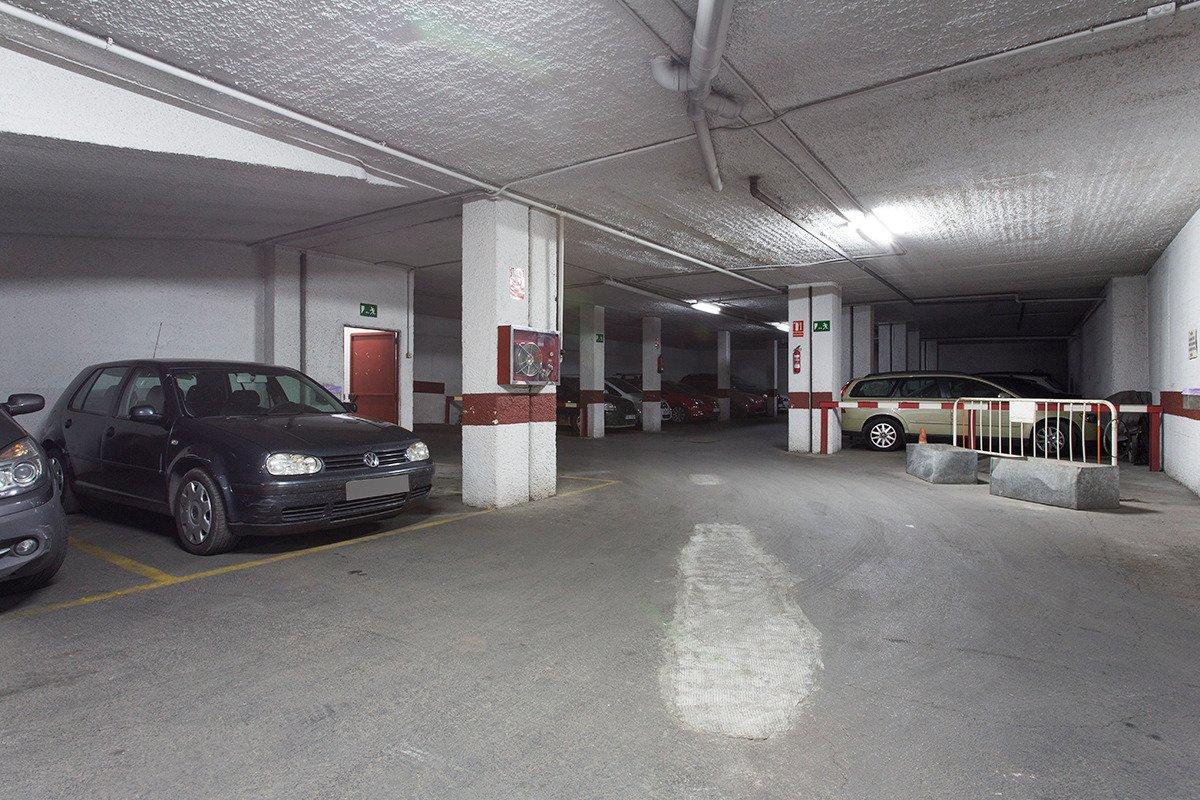 Garaje en Granada zona Realejo, 15 m. de superficie., Granada
