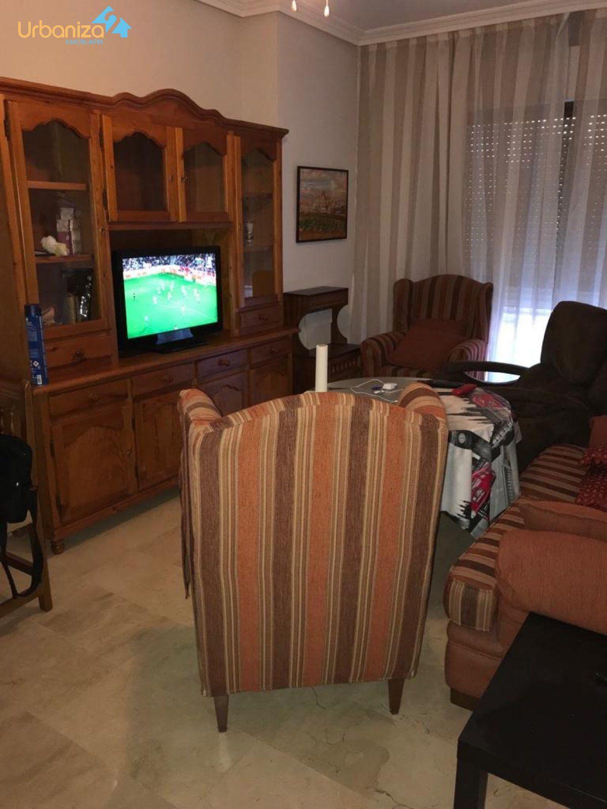 Apartamento en alquiler en Sta. Marina, Badajoz