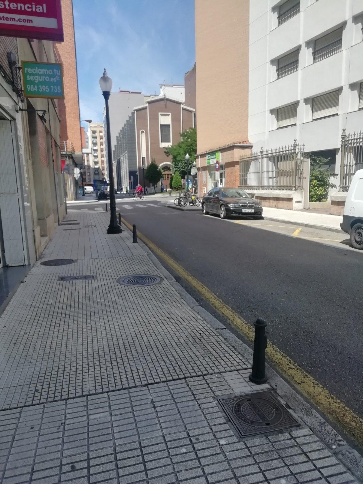 Local comercial en alquiler en Gijón