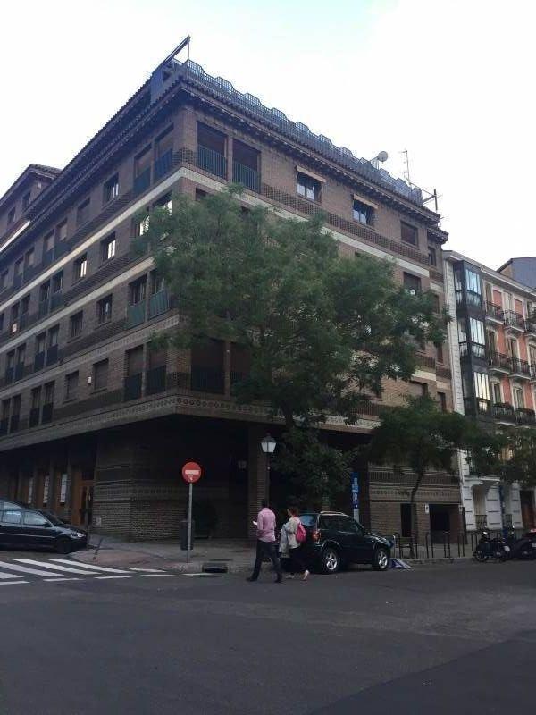 Piso en alquiler en Jeronimos, Madrid
