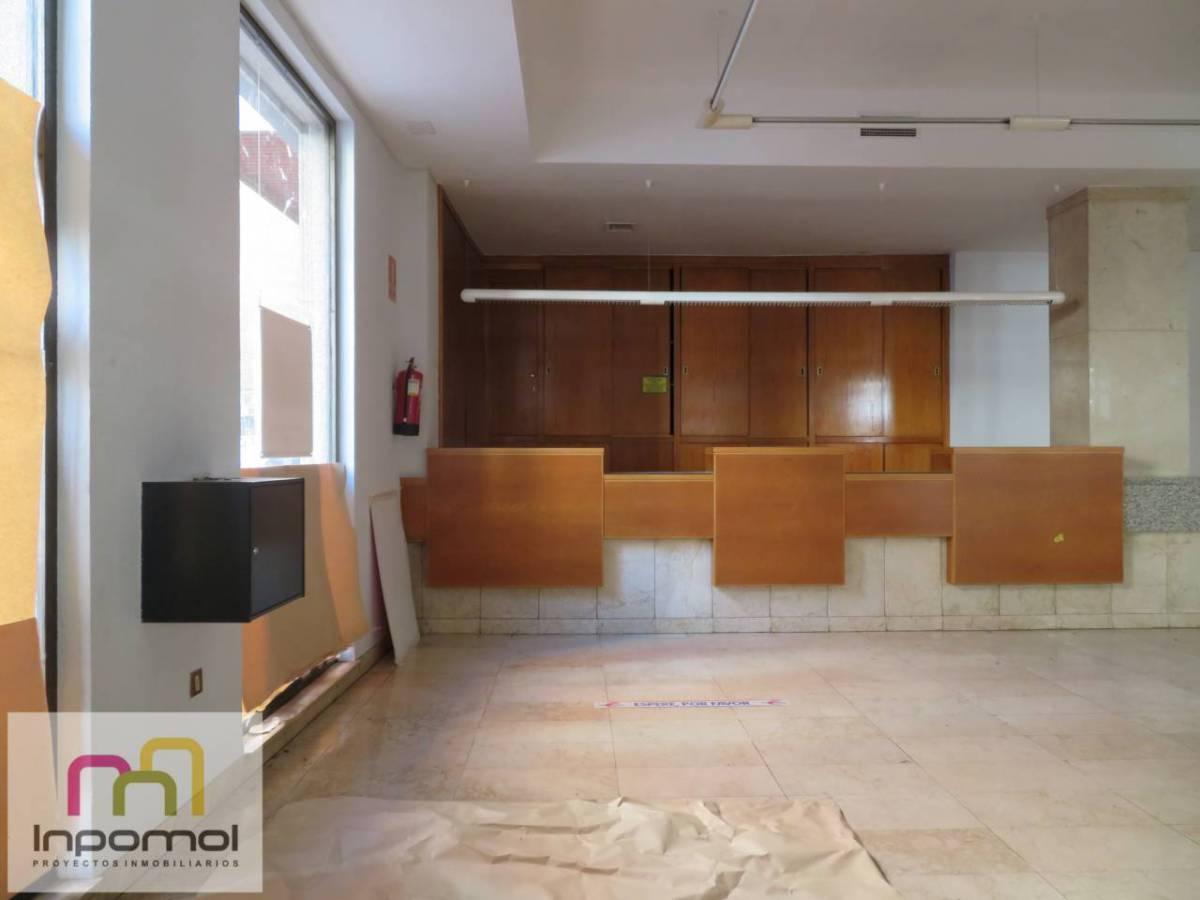 Premises for rent in Centro, Badajoz