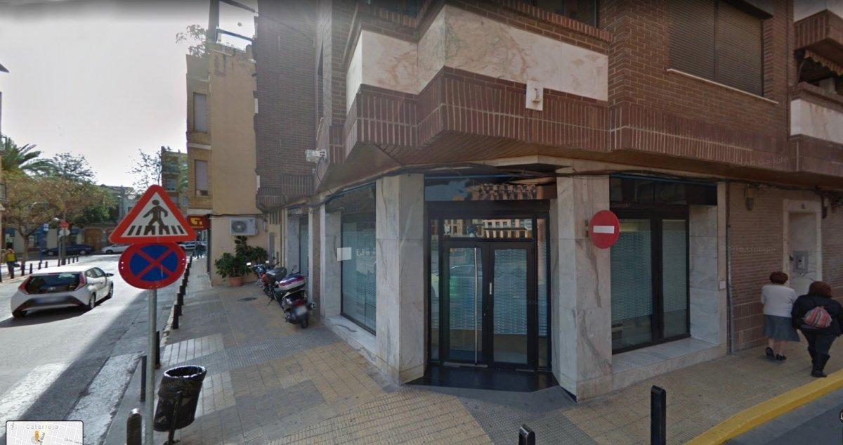 local-comercial en catarroja · ayuntamiento 2650€