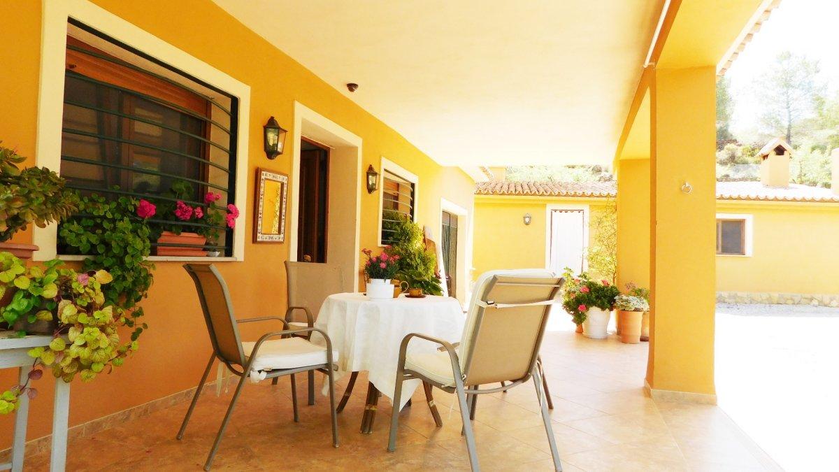 casa en azuebar · alto-palancia---azuebar 170500€