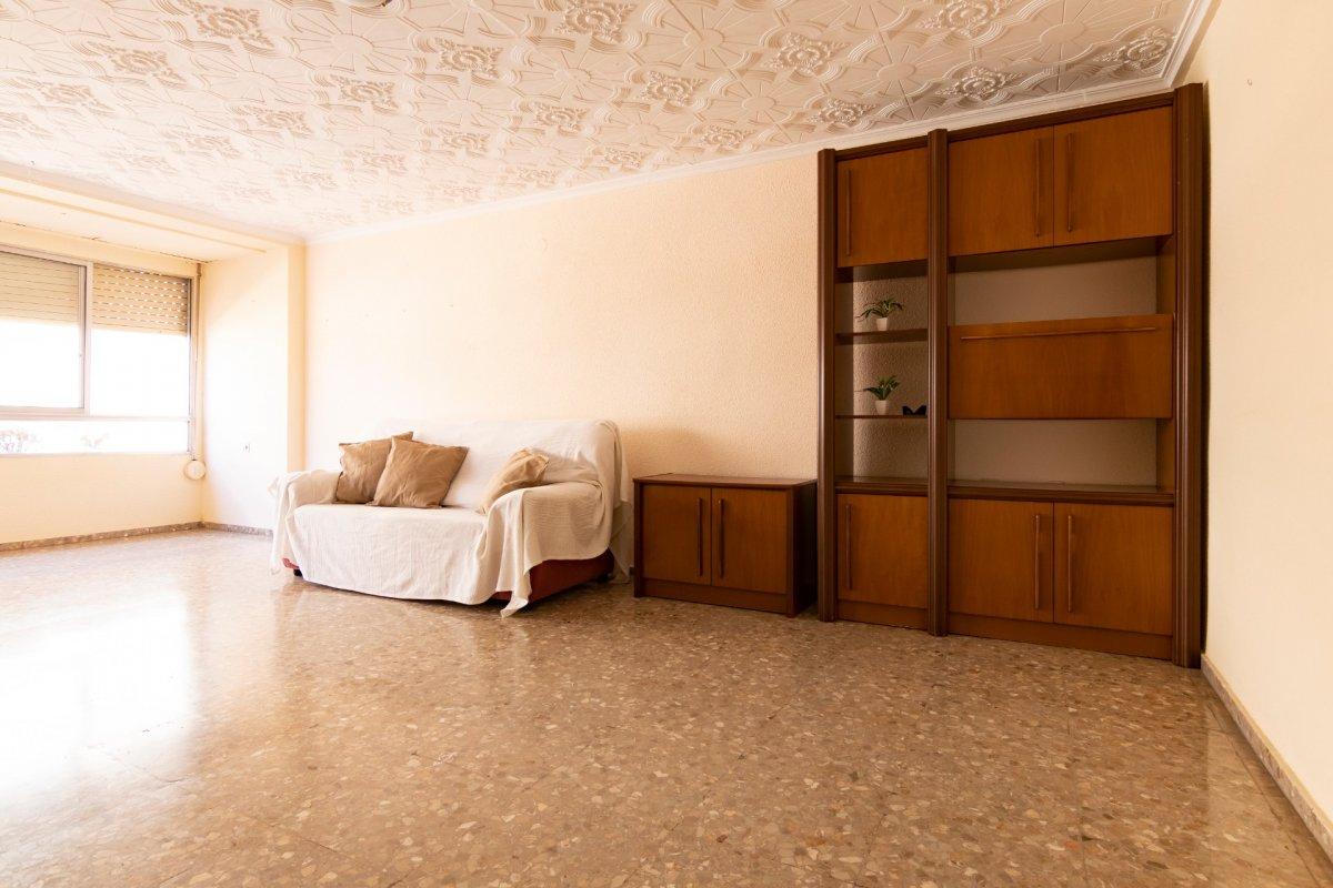 piso en la-vall-duixo · av-suroeste 45400€
