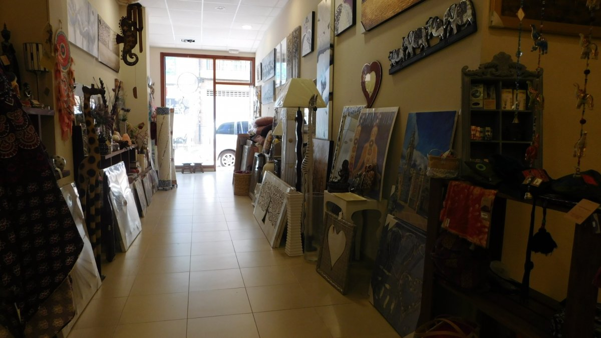 Local Comercial · La Vall D'Uixo · Poligono 3 550€ MES€