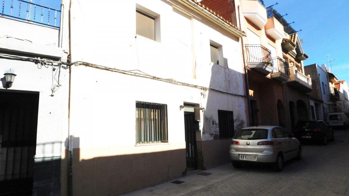 casa en la-vall-duixo · roser 38900€