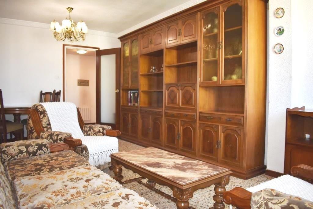 En alquiler piso de 2 dormitorios y despacho, con calefacc. central, en c/ luis buñuel - imagenInmueble0